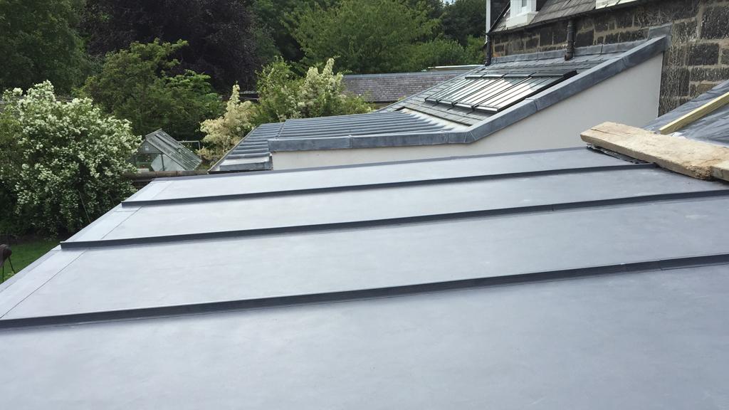 Roof Single Ply Spra